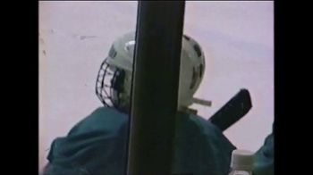 GEICO TV Spot, 'A Pro Hockey Dream' - Thumbnail 3