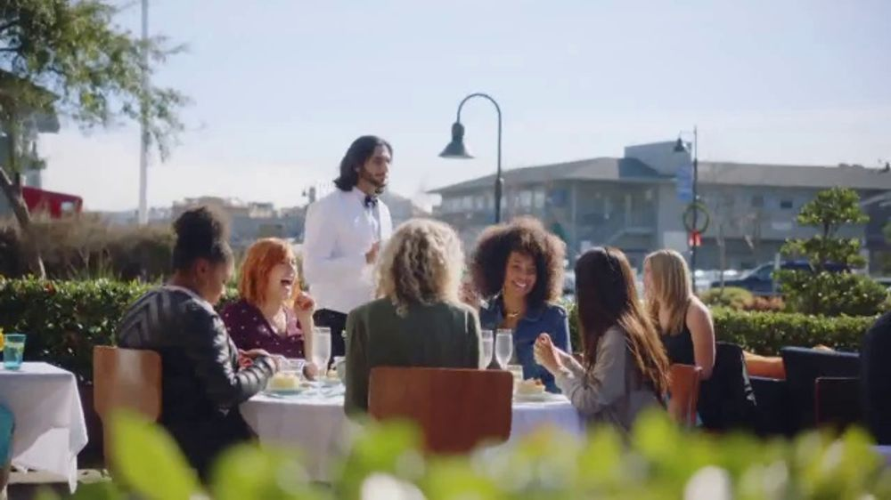 Honda Valentines Sale TV Commercial, 'Girls' Lunch' [T2]