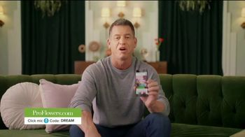 ProFlowers TV Spot, 'Order Like a Pro' Featuring Troy Aikman - Thumbnail 4