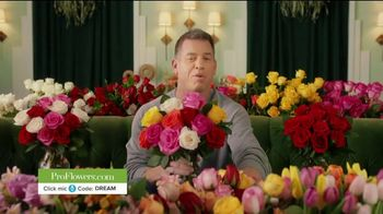 ProFlowers TV Spot, 'Order Like a Pro' Featuring Troy Aikman - Thumbnail 9