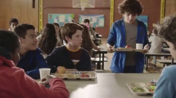 Capri Sun TV Spot, 'Together Table' - Thumbnail 2