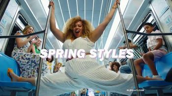 Old Navy TV Spot, 'Spring Styles: 50 Percent Off Entire Purchase' - Thumbnail 4