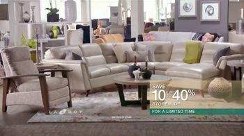 La-Z-Boy Super Saturday Sale TV Spot, 'New Living Room' - Thumbnail 6