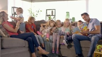 La-Z-Boy Super Saturday Sale TV Spot, 'A Well-Designed Family Room' - Thumbnail 4