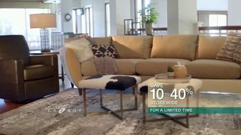 La-Z-Boy Super Saturday Sale TV Spot, 'A Well-Designed Family Room' - Thumbnail 6