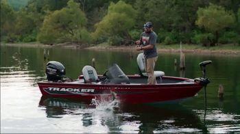 Tracker Boats TV Spot, 'Special Bonus: Gift Card' - Thumbnail 4