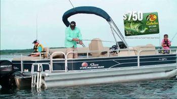 Tracker Boats TV Spot, 'Special Bonus: Gift Card' - Thumbnail 6