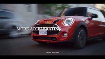 MINI Hardtop 2 Door TV Spot, 'More Accelerating' Song by Jamie N Commons [T2] - Thumbnail 3