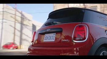 MINI Hardtop 2 Door TV Spot, 'More Accelerating' Song by Jamie N Commons [T2] - Thumbnail 5
