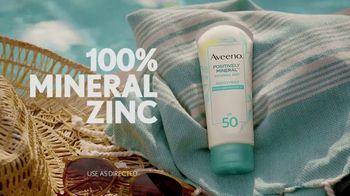Aveeno Positively Mineral Sunscreen TV Spot, 'Hello Sunshine' Featuring Jennifer Aniston - Thumbnail 3