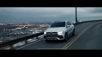 Mercedes-Benz Spring Event TV Spot, 'Greatness' [T2] - Thumbnail 5