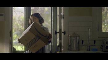 Amazon TV Spot, 'Mamás mágicas' canción de Freddie Scott [Spanish] - Thumbnail 6