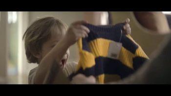 Amazon TV Spot, 'Mamás mágicas' canción de Freddie Scott [Spanish] - Thumbnail 8
