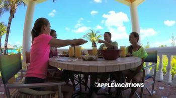Apple Vacations TV Spot, 'Summer Goal: Dreams Palm Beach' - Thumbnail 4