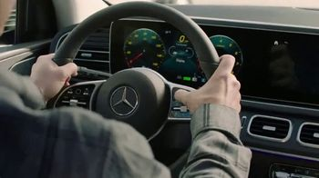 2020 Mercedes-Benz GLE TV Spot, 'HGTV: Smart Is in Our DNA' [T1] - Thumbnail 6