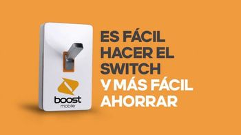 Boost Mobile Unlimited Gigs TV Spot, 'Convencer a papá: ¡haz el switch a los ahorros!' [Spanish] - Thumbnail 7
