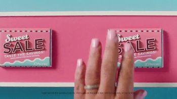 JCPenney Sweet Sale TV Spot, 'Chocolate Bar' - Thumbnail 5