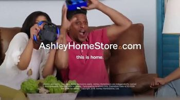 Ashley HomeStore One Day Sale TV Spot, 'Zero Percent Interest'  Song by Midnight Riot - Thumbnail 9