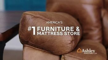 Ashley HomeStore One Day Sale TV Spot, 'Zero Percent Interest'  Song by Midnight Riot - Thumbnail 8