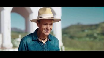 Travelocity TV Spot, 'A Little Wisdom: Slowing Things Down' Featuring Phil Keoghan - Thumbnail 3