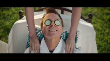Travelocity TV Spot, 'A Little Wisdom: Slowing Things Down' Featuring Phil Keoghan - Thumbnail 8