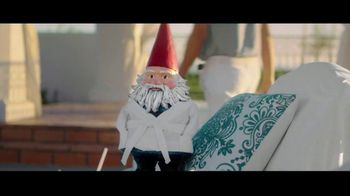 Travelocity TV Spot, 'A Little Wisdom: Slowing Things Down' Featuring Phil Keoghan - Thumbnail 9