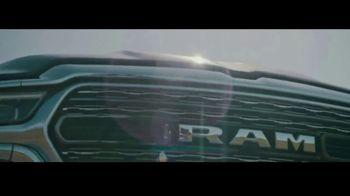 Ram Trucks Venta de Primavera TV Spot, 'Tecnología' [Spanish] [T2] - Thumbnail 5