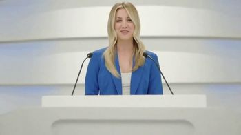 Priceline.com TV Spot, 'Motion Passes' Featuring Kaley Cuoco - Thumbnail 2