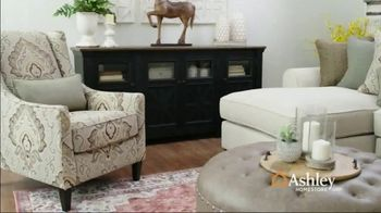 Ashley HomeStore Spring Home Event TV Spot, 'Full Bloom: Kempten Sofa and Loveseat'