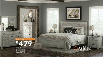 Ashley HomeStore Spring Home Event TV Spot, 'Full Bloom: Kempten Sofa and Loveseat' - Thumbnail 9
