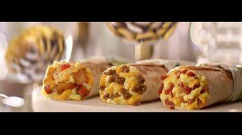 Taco Bell $1 Morning Value Menu TV Spot, 'Sun Salutation' - Thumbnail 3