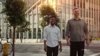 UNTUCKit TV Spot, 'The Right Call' Featuring Drew Brees - Thumbnail 7