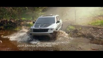 Jeep Freedom Days TV Spot, 'Most Awarded SUV' Song by The Kills [T2] - Thumbnail 2