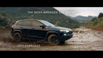 Jeep Freedom Days TV Spot, 'Most Awarded SUV' Song by The Kills [T2] - Thumbnail 3