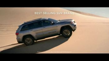 Jeep Freedom Days TV Spot, 'Most Awarded SUV' Song by The Kills [T2] - Thumbnail 4