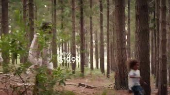 H&M 2019 Conscious Collection TV Spot, 'Friendships' Featuring Naomie Harris - Thumbnail 6