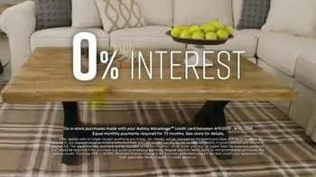 Ashley HomeStore Spring Home Event TV Spot, 'Sectionals and Outdoor Furniture' - Thumbnail 6