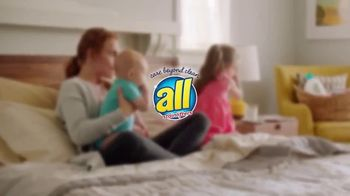 All Free Clear Odor Relief TV Spot, 'La primera vez' [Spanish] - Thumbnail 1