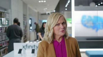 XFINITY Mobile TV Spot, 'Pulling My Leg: $100 Back' Featuring Amy Poehler - Thumbnail 3