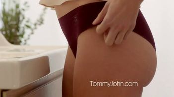 Tommy John Women's Line TV Spot, 'Air Fabric' - Thumbnail 6
