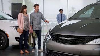 Chrysler Spring Sales Event TV Spot, 'Talking Van: Are We a Van Family?' [T2] - Thumbnail 3