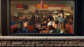 Denny's Meat Lovers Slam TV Spot, 'Compartir te llena' [Spanish] - Thumbnail 1
