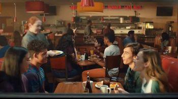 Denny's Meat Lovers Slam TV Spot, 'Compartir te llena' [Spanish] - Thumbnail 2