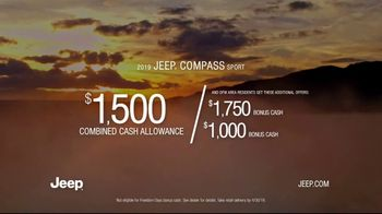 Jeep Freedom Days TV Spot, 'No Wannabes: 2019 Compass' Song by The Kills [T2] - Thumbnail 9