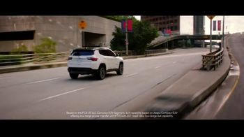 Jeep Freedom Days TV Spot, 'No Wannabes: 2019 Compass' Song by The Kills [T2] - Thumbnail 5