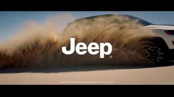 Jeep Freedom Days TV Spot, 'No Wannabes: 2019 Compass' Song by The Kills [T2] - Thumbnail 6