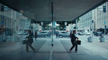 AT&T Business Edge-to-Edge Intelligence TV Spot, 'Retail' - Thumbnail 8