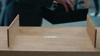 AT&T Business Edge-to-Edge Intelligence TV Spot, 'Retail' - Thumbnail 4