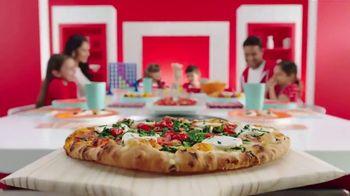 Target TV Spot, 'Noche en familia' canción de Carlos Vives [Spanish] - Thumbnail 7