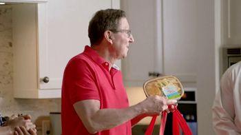 H-E-B TV Spot, 'Houston Astros: Robot Chef' Featuring José Altuve, George Springer - Thumbnail 4